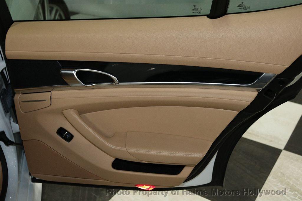 2013 Porsche Panamera 4dr Hatchback - 18571009 - 12