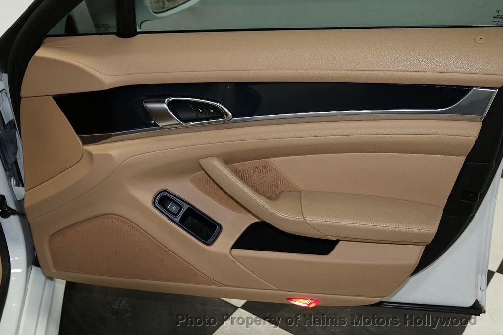 2013 Porsche Panamera 4dr Hatchback - 18571009 - 13