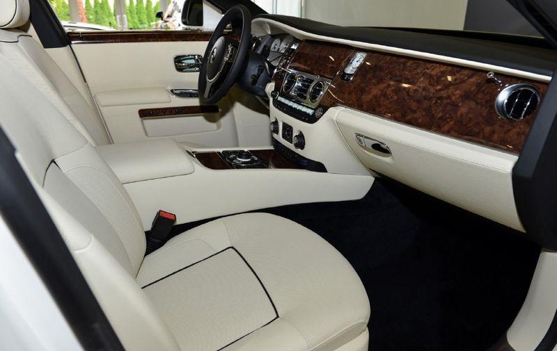 2013 Rolls-Royce Ghost 4dr Sedan - 15445047 - 11