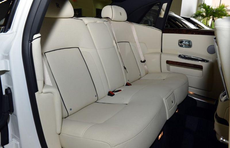 2013 Rolls-Royce Ghost 4dr Sedan - 15445047 - 13
