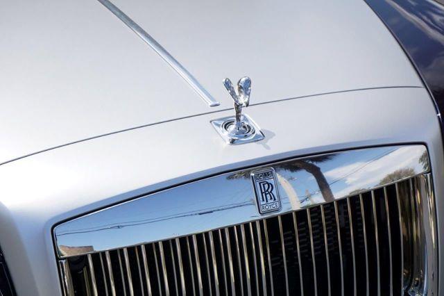 2013 Rolls-Royce Ghost 4dr Sedan - 17514513 - 19