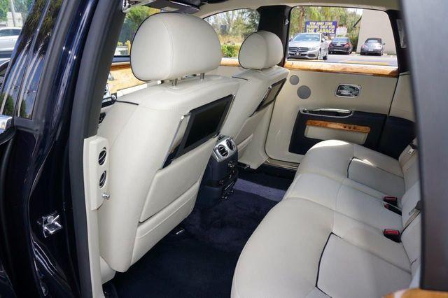 2013 Rolls-Royce Ghost 4dr Sedan - 17514513 - 26