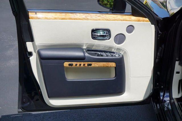 2013 Rolls-Royce Ghost 4dr Sedan - 17514513 - 29