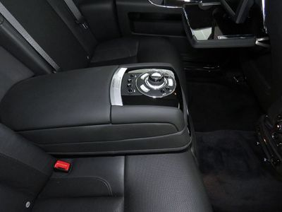 2013 Rolls-Royce Ghost 4dr Sedan - Click to see full-size photo viewer