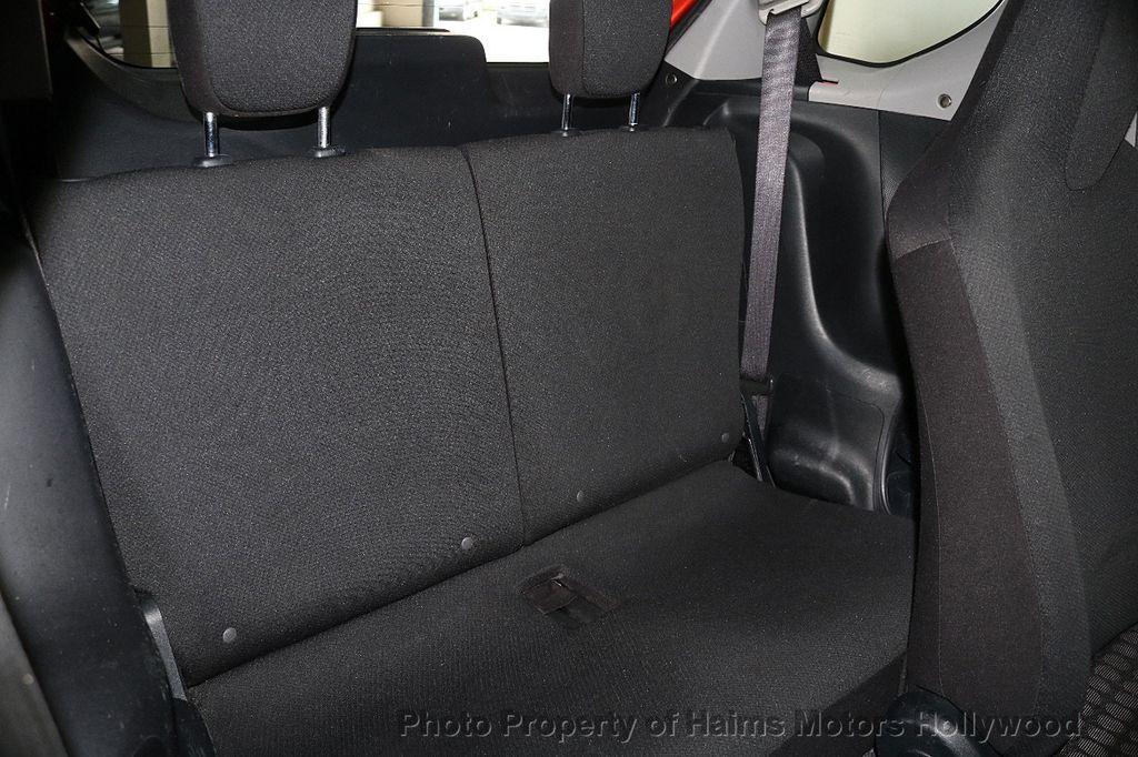 2013 Scion iQ 3dr Hatchback - 17662908 - 12