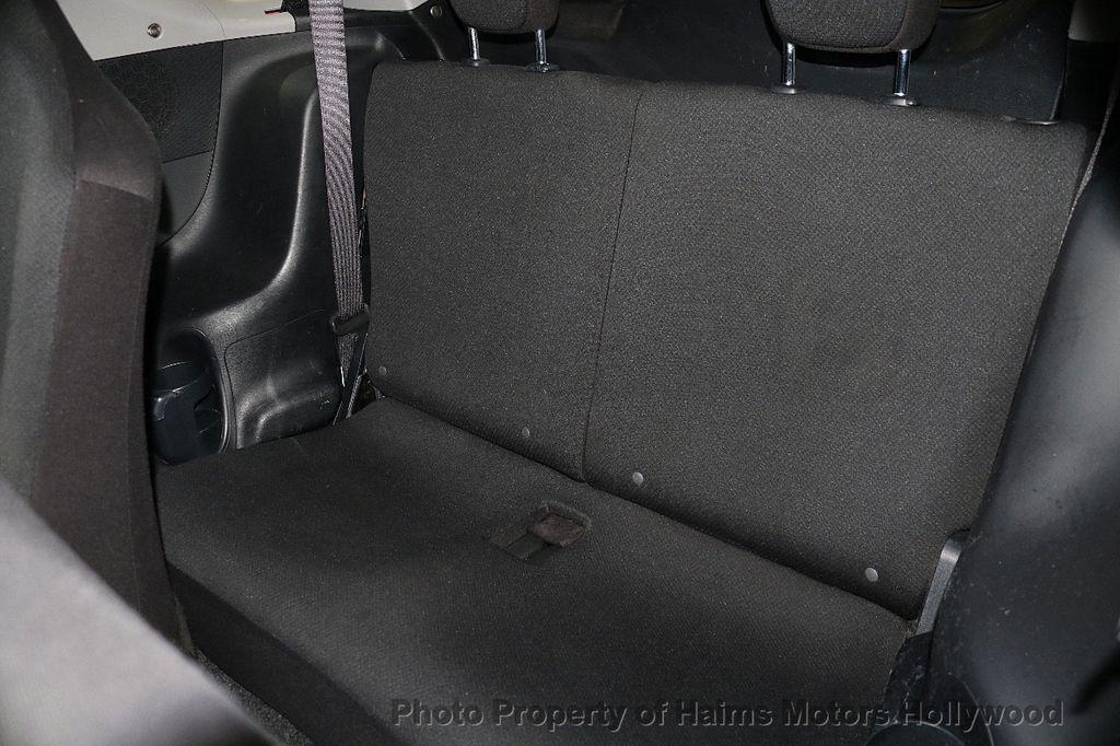 2013 Scion iQ 3dr Hatchback - 17662908 - 13