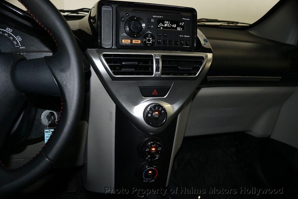 2013 Scion iQ 3dr Hatchback - 17662908 - 16