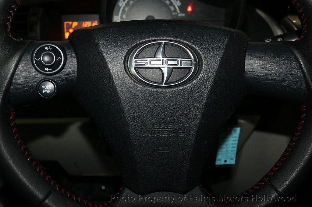2013 Scion iQ 3dr Hatchback - 17662908 - 22
