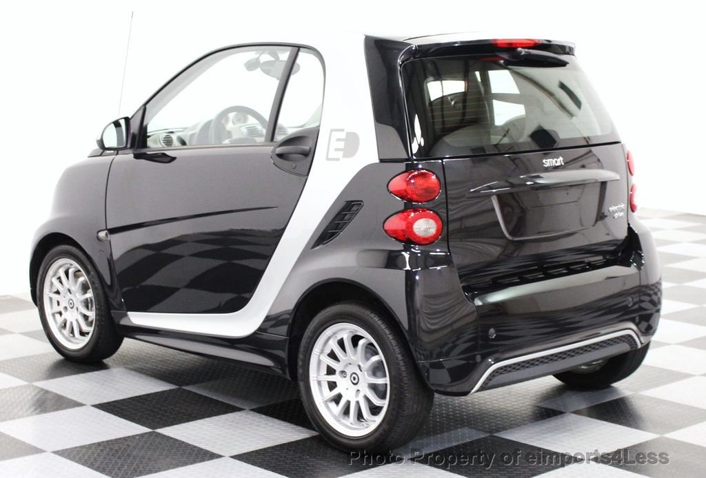 2017 Smart Fortwo Electric Drive Coupe 15610975 13