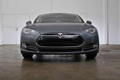 2013 Tesla Model S P85 Performance - Click to see full-size photo viewer