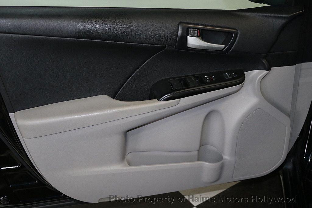 2013 Toyota Camry 4dr Sedan I4 Automatic LE - 17518575 - 9