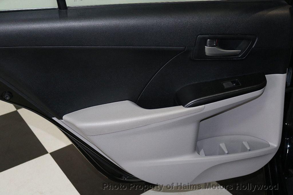 2013 Toyota Camry 4dr Sedan I4 Automatic LE - 17518575 - 10