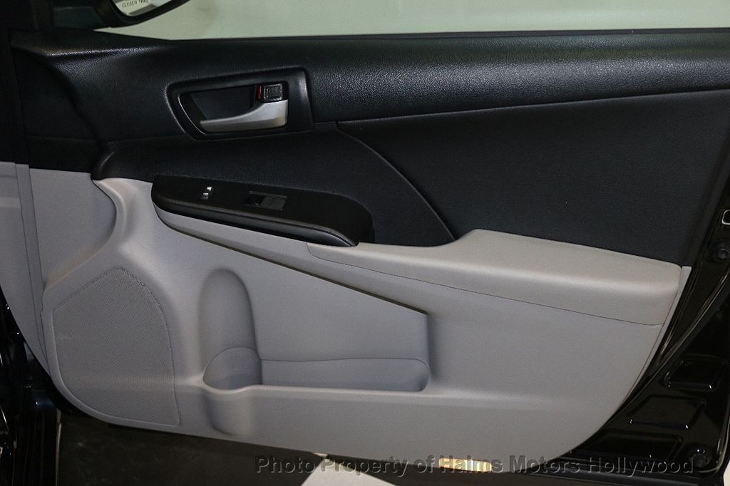 2013 Toyota Camry 4dr Sedan I4 Automatic LE - 17518575 - 12