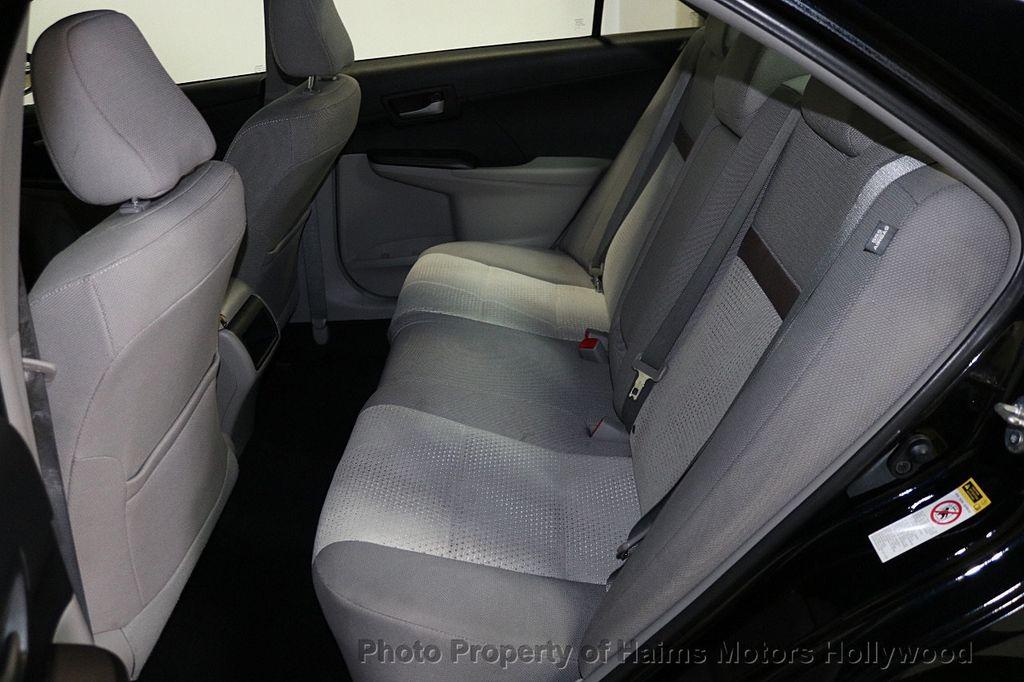 2013 Toyota Camry 4dr Sedan I4 Automatic LE - 17518575 - 15
