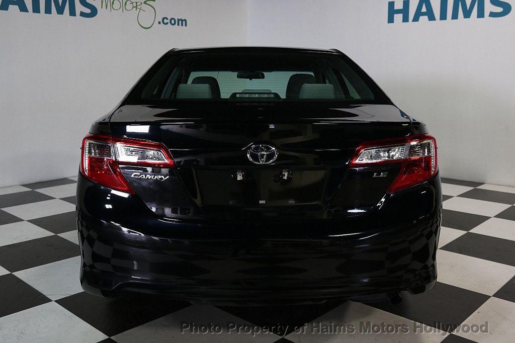 2013 Toyota Camry 4dr Sedan I4 Automatic LE - 17518575 - 5