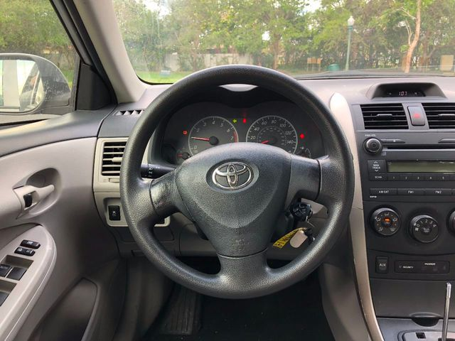 2013 Toyota Corolla  - Click to see full-size photo viewer