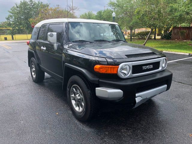 2013 Toyota FJ Cruiser 4WD 4dr Automatic - Click to see full-size photo viewer