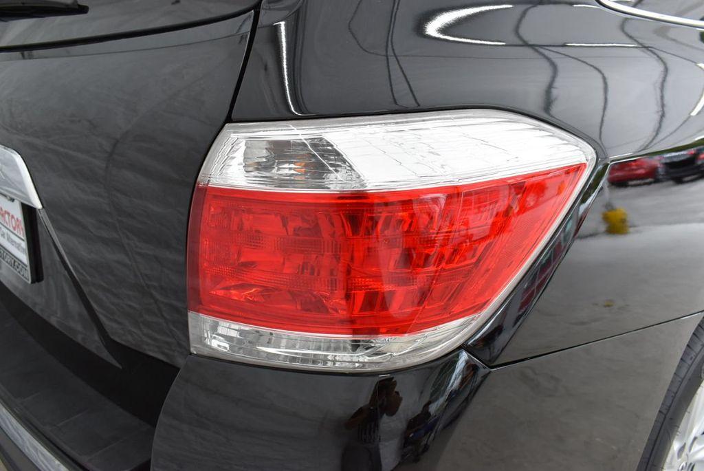 2013 Toyota Highlander  - 18689071 - 1