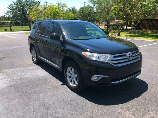 2013 Toyota Highlander  - Click to see full-size photo viewer