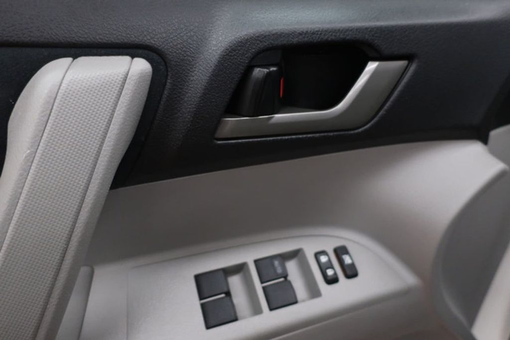 2013 Toyota Highlander 4DR FWD V6 XLE - 17198702 - 10