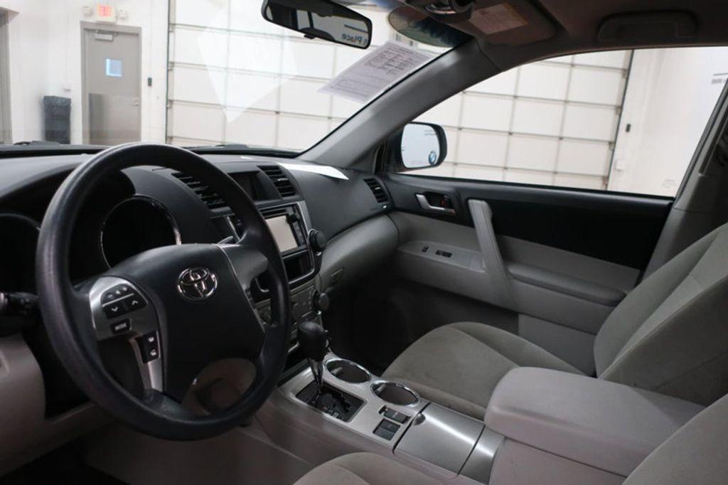 2013 Toyota Highlander 4DR FWD V6 XLE - 17198702 - 11