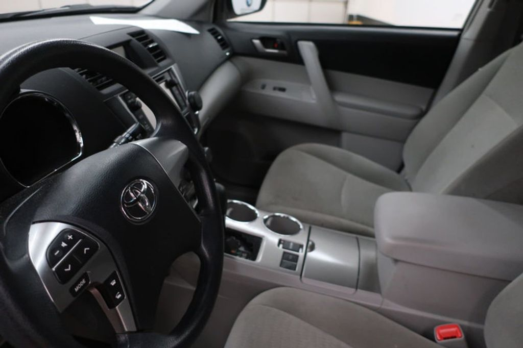 2013 Toyota Highlander 4DR FWD V6 XLE - 17198702 - 12