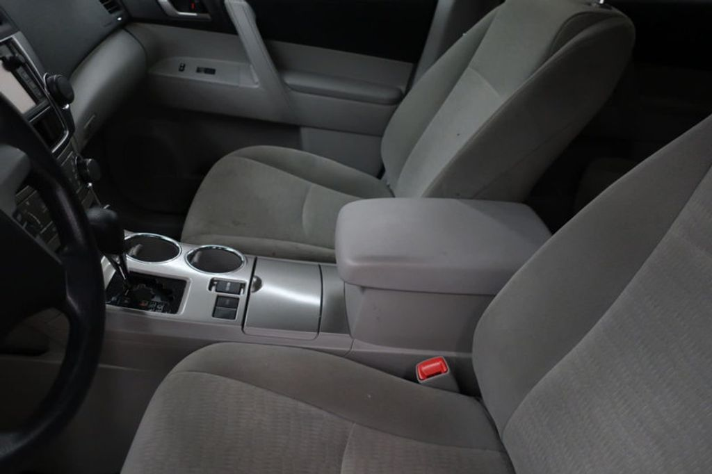 2013 Toyota Highlander 4DR FWD V6 XLE - 17198702 - 13