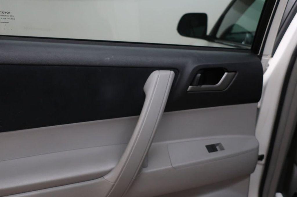 2013 Toyota Highlander 4DR FWD V6 XLE - 17198702 - 18