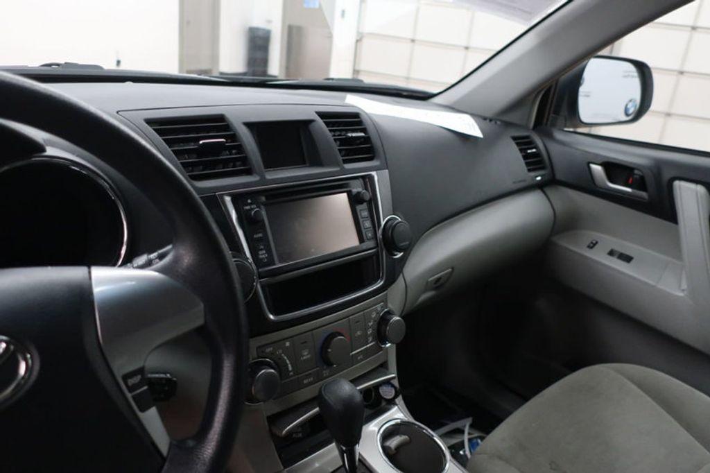 2013 Toyota Highlander 4DR FWD V6 XLE - 17198702 - 26