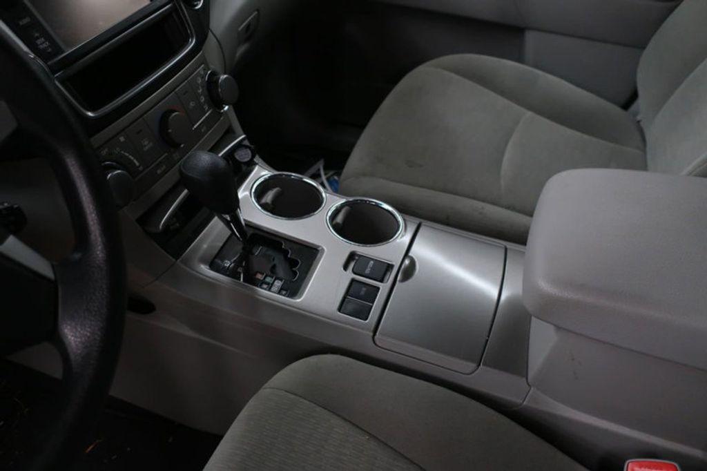 2013 Toyota Highlander 4DR FWD V6 XLE - 17198702 - 27