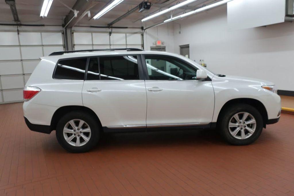 2013 Toyota Highlander 4DR FWD V6 XLE - 17198702 - 4