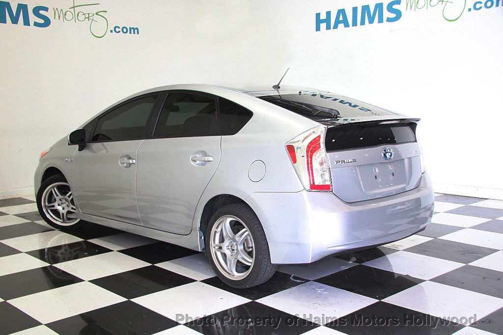 2013 used toyota prius 5dr hatchback four at haims motors. Black Bedroom Furniture Sets. Home Design Ideas