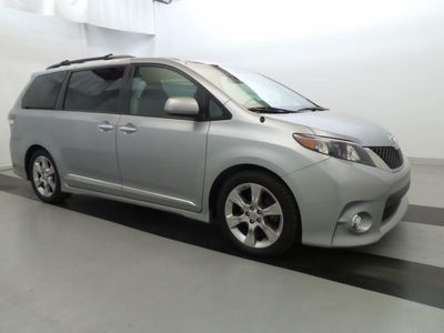 2013 Toyota Sienna 5dr 8-Passenger Van V6 SE FWD - Click to see full-size photo viewer