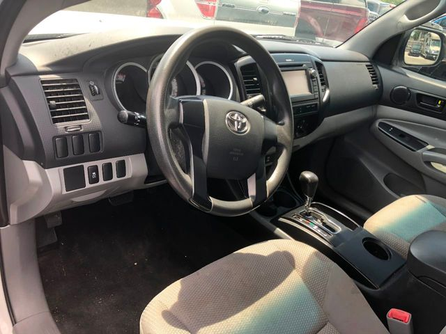 2013 Toyota Tacoma 2WD Access Cab I4 MT - Click to see full-size photo viewer