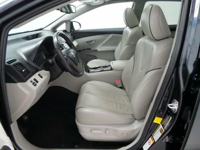 2013 TOYOTA VENZA LE - Click to see full-size photo viewer