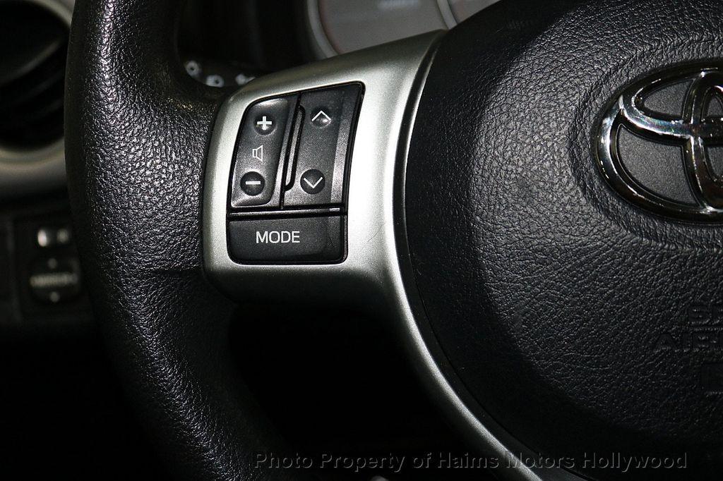2013 Toyota Yaris 3dr Liftback Automatic LE - 18211099 - 22