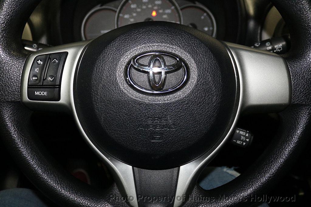 2013 Toyota Yaris 3dr Liftback Automatic LE - 18211099 - 23