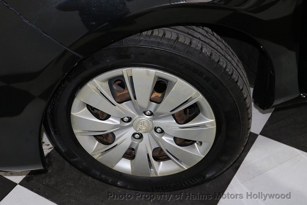 2013 Toyota Yaris 3dr Liftback Automatic LE - 18211099 - 26