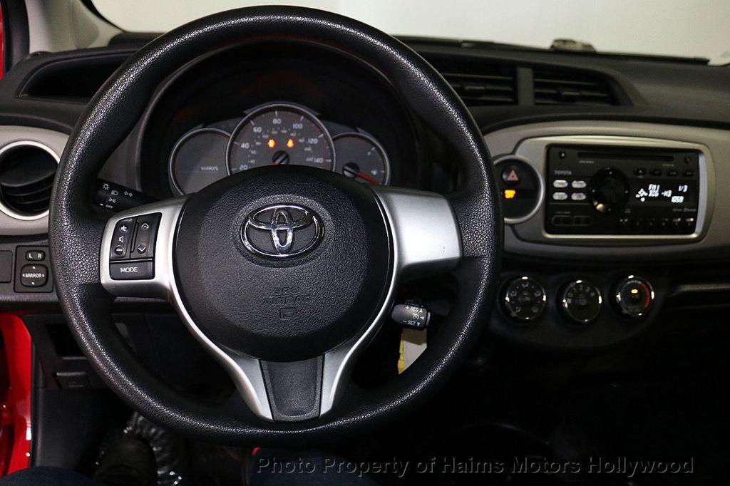 2013 Toyota Yaris 3dr Liftback Automatic LE - 18692695 - 25