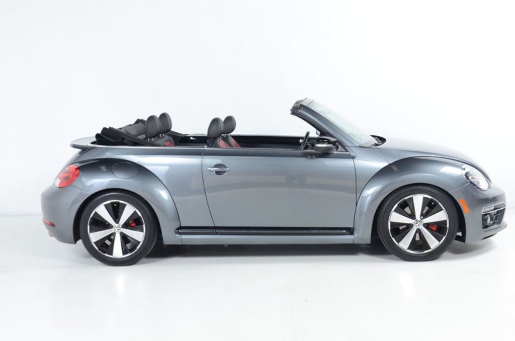 2013 Volkswagen Beetle Convertible 2.0 TURBO CONVERTIBLE-NAVIGATION-HEATED LEATHER-FENDER AUDIO - 17148642 - 1