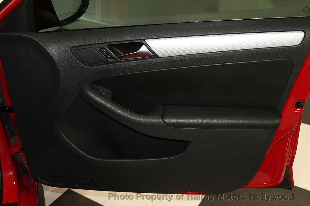 2013 Volkswagen GLI 4dr Sedan DSG - 17638861 - 12