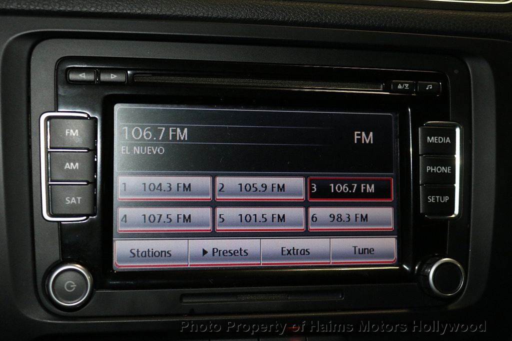 2013 Volkswagen GLI 4dr Sedan DSG - 17638861 - 19