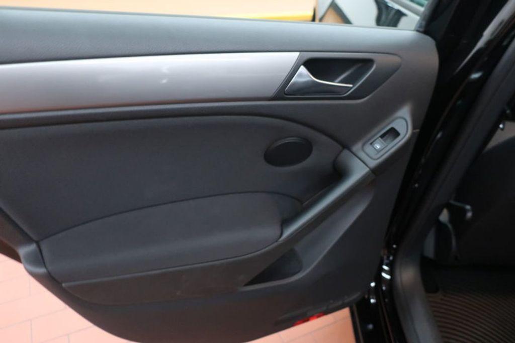 2013 Volkswagen Golf 4DR HB AT CONV PZEV - 17198698 - 18