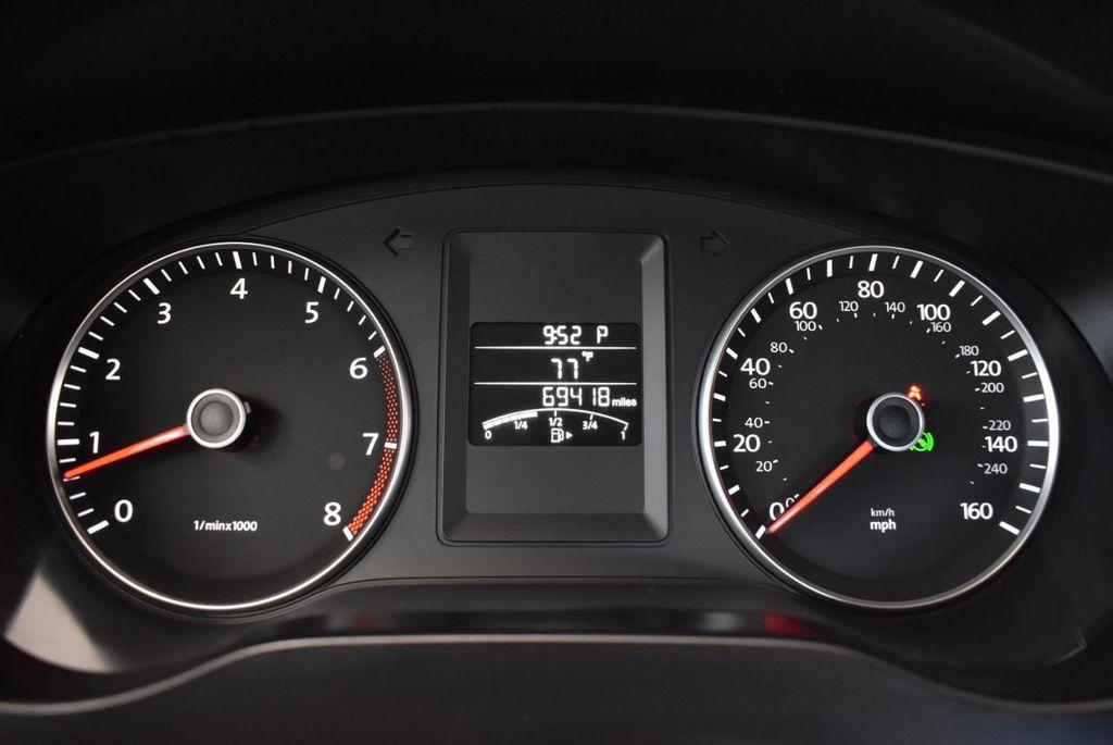 2013 Volkswagen Jetta Sedan 4dr Automatic S - 18268242 - 16