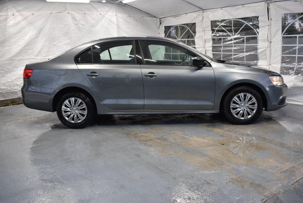 2013 Volkswagen Jetta Sedan S - 18250861 - 2