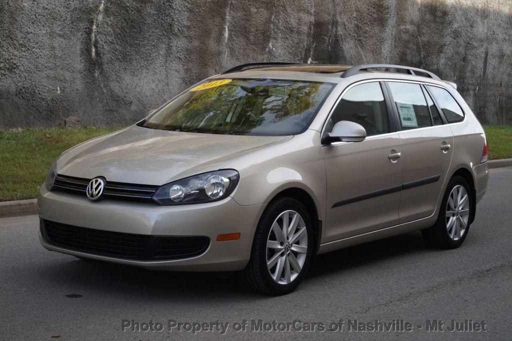 2013 Volkswagen Jetta SportWagen 2.0L TDI w/Sunroof  - 18203144 - 1
