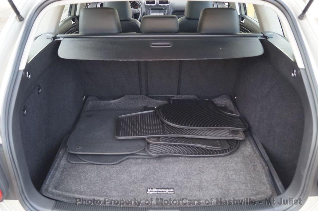 2013 Volkswagen Jetta SportWagen 2.0L TDI w/Sunroof  - 18203144 - 39