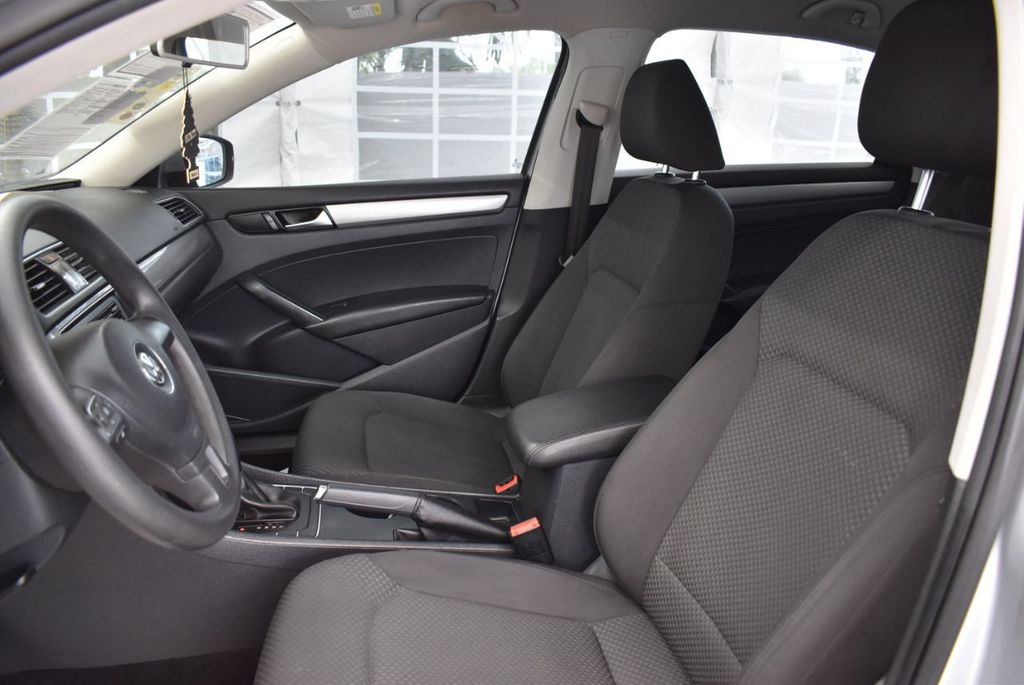 2013 Volkswagen Passat 4dr Sedan 2.0L DSG TDI SE w/Sunroof - 18378131 - 12