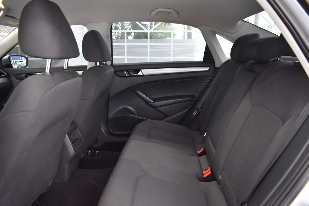 2013 Volkswagen Passat 4dr Sedan 2.0L DSG TDI SE w/Sunroof - 18378131 - 14