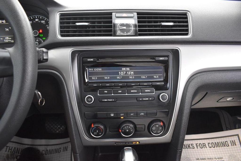 2013 Volkswagen Passat 4dr Sedan 2.0L DSG TDI SE w/Sunroof - 18378131 - 19